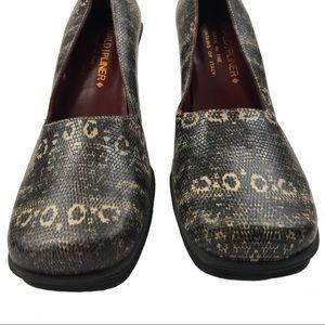 Donald J. Pliner Shoes - DONALD J PLINER Square Toe Chunky Heel Pumps